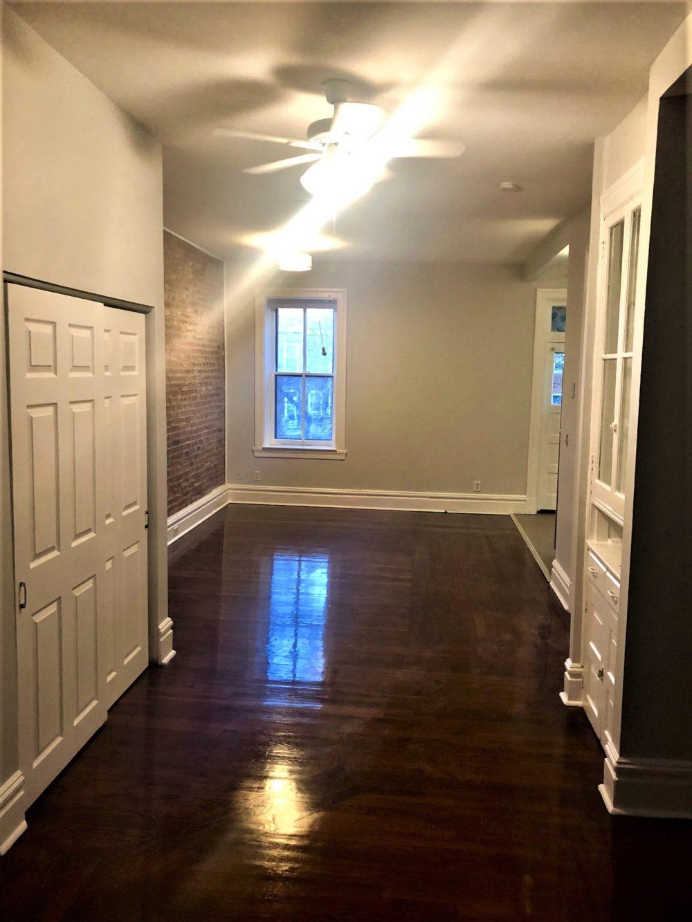 4222 Cleveland Hallway