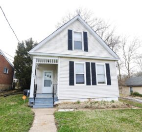 539 N Elm Ave Webster Groves, MO 63119